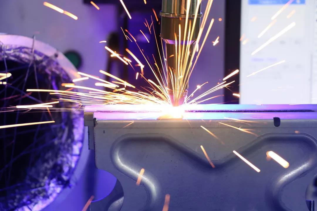 久久热在线视频精品焊接头
